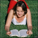 44102035_woman-reading_203-203_spl-150x150